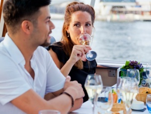 four-course-amsterdam-dinner-cruise